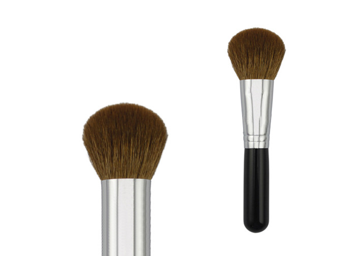 Metal Ferrule 47mm Goat Hair Bronzer Makeup Brush With 55mm Plastic Handle